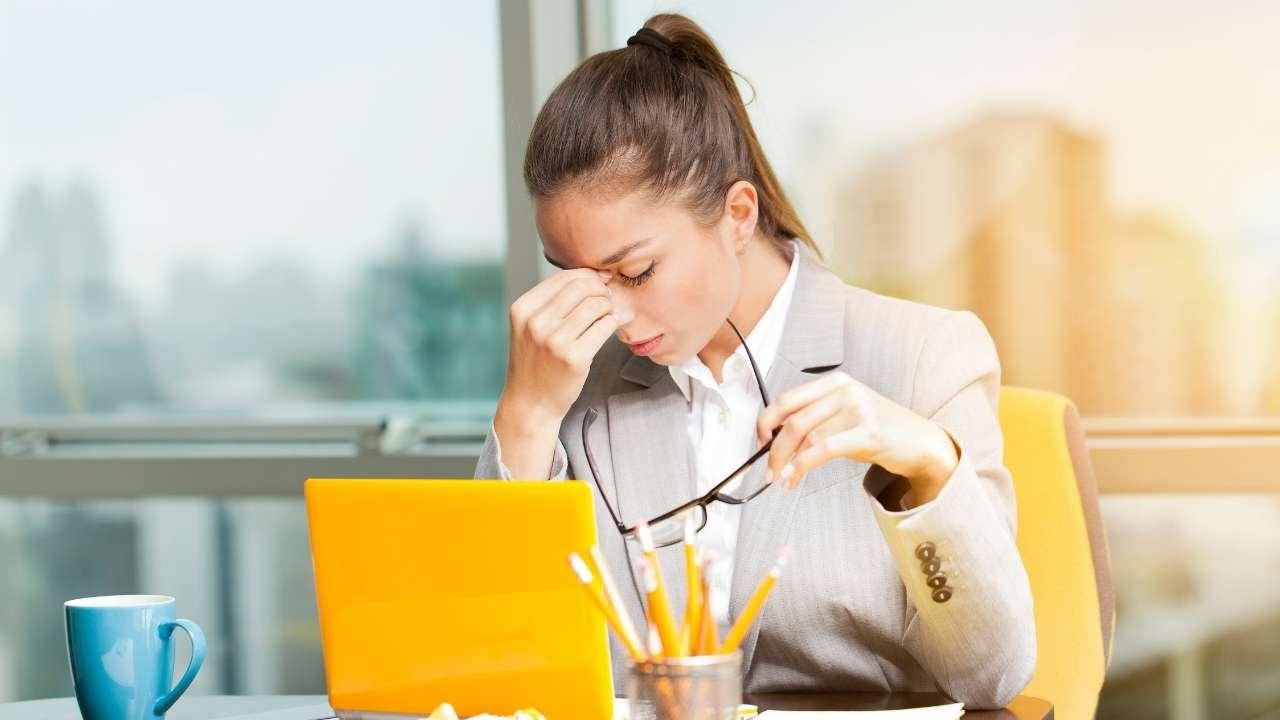 Anda harus memahami jenis stress dan manajemen stress yang tepat agar bisa menghargai diri sendiri
