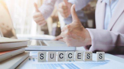 2 Cara Mendapatkan Opsi Terbaik & Sikap Yang Diperlukan Agar Berhasil