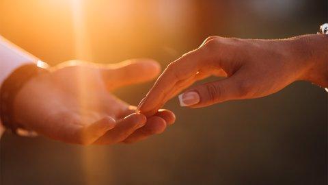 Pesan Bagi Kamu Pejuang Cinta Yang Sering Kandas di Tengah Jalan