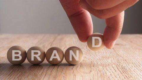 Perbedaan Mendasar dari Brand Vs Branding Dalam Personal Branding