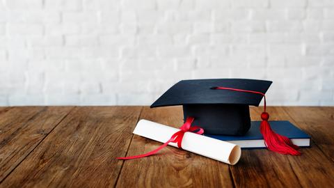 4 Persiapan bagi Mahasiswa Sebelum Wisuda